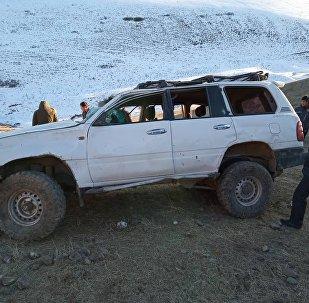 Мурдагы транспорт жана коммуникация министри Аргынбек Малабаев бара жаткан унаа ала салып бир адам каза болду