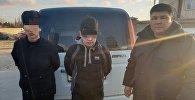 Задержанные по подозрению в угоне автомобиля Honda Stepwgn в Караколе