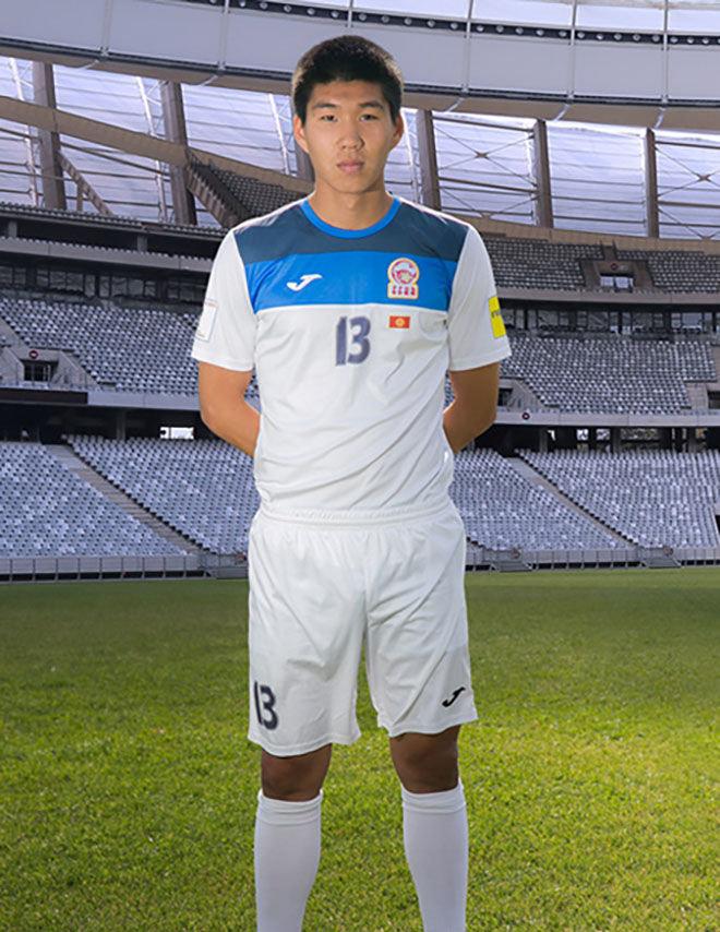 Защитник сборной Кыргызстана по футболу Тамирлан Козубаев