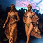 Дизайнер Rajdeep Ranawat использовал восточные мотивы для своей новой коллекции.