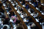 Участники ежегодной акции по проверке грамотности Тотальный диктант в аудитории. Архивное фото