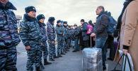 5 февраля, неизвестный сообщил, что в международном аэропорту Манас якобы заложена бомба. Пассажиров и персонал эвакуировали, а территорию вокруг аэропорта оцепили. В ходе осмотра бомбу не обнаружили.