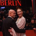 Актеры Андреа Завацки и Кристиан Беркель на красной дорожке церемонии открытия 69-го Берлинского международного кинофестиваля Берлинале - 2019.