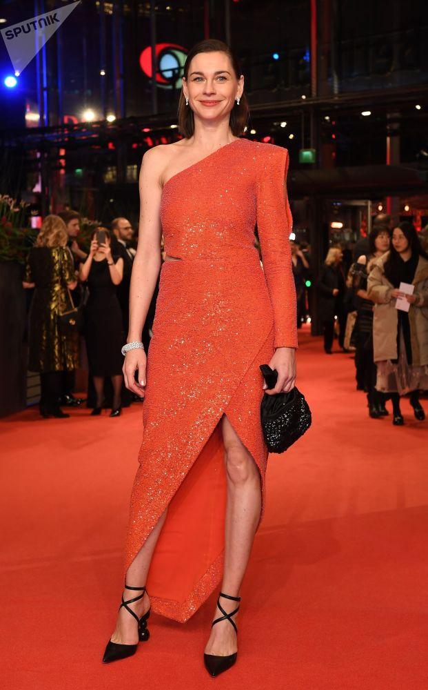 Немецкая актриса Кристиана Пауль на красной дорожке церемонии открытия 69-го Берлинского международного кинофестиваля Берлинале - 2019.