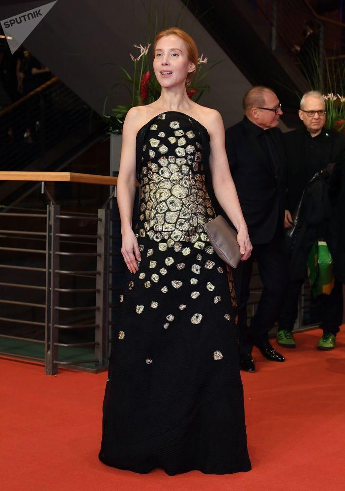 Австрийская актриса Сюзанна Вуэст на красной дорожке церемонии открытия 69-го Берлинского международного кинофестиваля Берлинале - 2019.