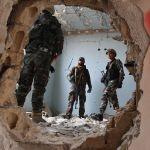 Сириянын аскерлери менен кошуундун мүчөлөрү россиялык аскер инструкторлорунун даярдоосу учурунда