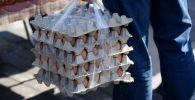Продажа яиц. Архивное фото