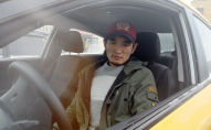 Кыргызстанец Нурсултан Кайназаров, работающий в Москве таксистом