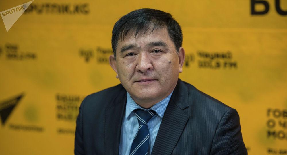 Жогорку Кеңештин депутаты, сейрек жаныбарларды атууга тыюу салуу боюнча мыйзам долбоордун демилгечиси Экмат Байбакпаев