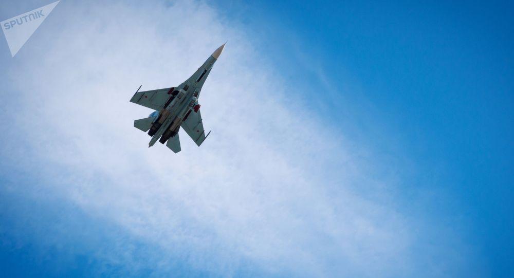 Россиянын Су-27 истребители. Архивдик сүрөт