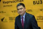 Аким Иссык-Кульского района Данир Иманалиев во время беседы на радио Sputnik Кыргызстан