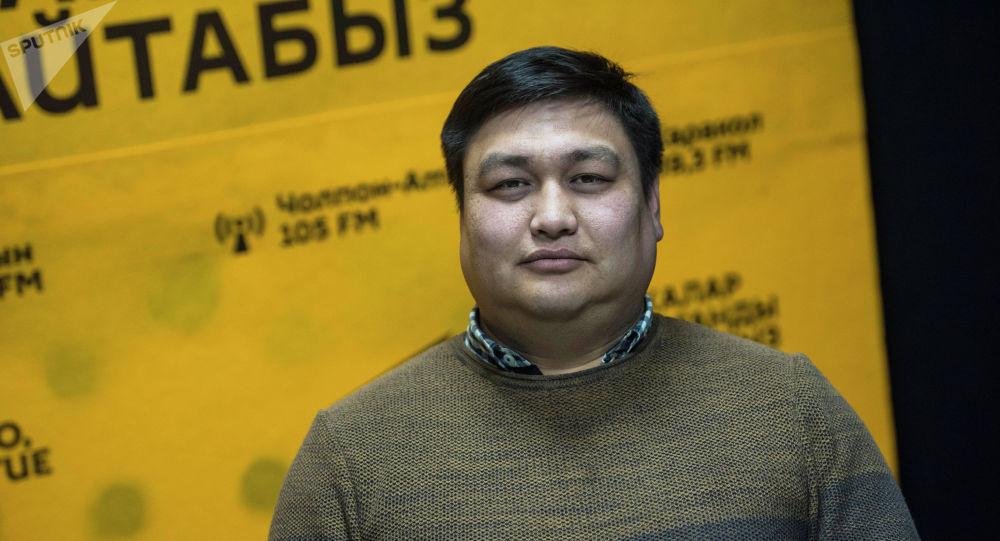 Кинообозреватель Нурбек Иманов