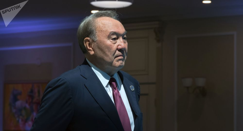 Казакстандын тунгуч президенти Нурсултан Назарбаевдин архивдик сүрөтү
