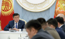 Президент КР Сооронбай Жээнбеков провел совещание по ситуации на кыргызско-таджикской границе и раскритиковал работу силовиков