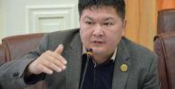 Заслуженный юрист КР, член ЦИК Кайрат Осмоналиев. Архивное фото