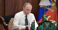 РФ президенти Владимир Путин. Архивдик сүрөт
