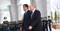Президент КР Сооронбай Жээнбеков и президент РФ Владимир Путин. Архивное фото