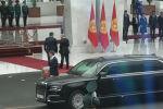 В госрезиденции Ала-Арча состоялась торжественная церемония встречи президента РФ Владимира Путина. Он впервые совершает государственный визит в Кыргызстан.