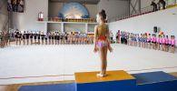Юная гимнастка. Архивное фото