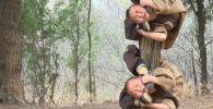 Кытайдагы Шаолинде балдар алты жашынан тарта кунг-фу менен машыга баштайт.