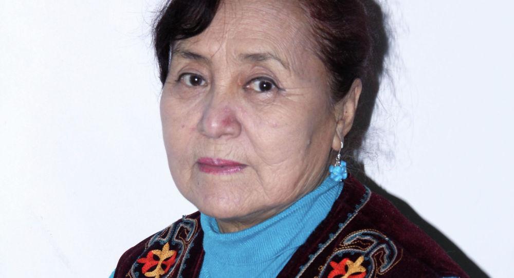 КРдин эмгек сиңирген артисти, белгилүү актриса Жаркын Балыкбаева. Архивдик сүрөт
