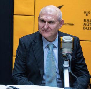 Новый посол Российской Федерации в Кыргызстане Николай Удовиченко в студии Sputnik Кыргызстан