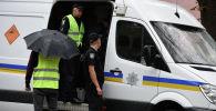 Сотрудники полиции Киева на месте происшествия. Архивное фото