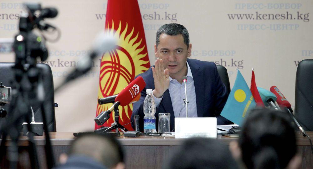 Экс-депутат ЖК Омурбек Бабанов. Архивное фото