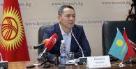 Республика-Ата-журт партиясынын лидери, саясатчы Өмүрбек Бабанов. Архив