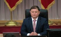 Жогорку Кеңештин депутаттыгына талапкер, учурдагы спикер Дастан Жумабеков. Архивдик сүрөт