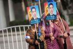 Мурдагы депутат Садыр Жапаровду колдогон митинг. Архивдик сүрөт