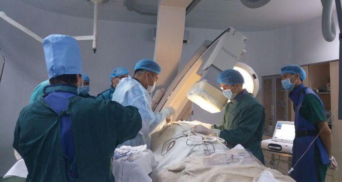 Операция в отделении сердечно-сосудистой хирургия Джалал-Абадской области