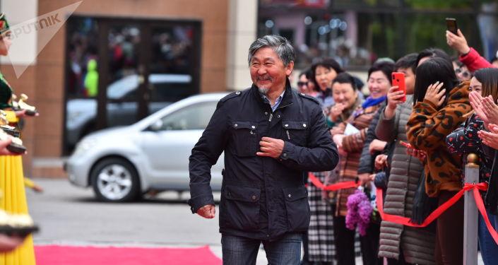 В столичном кинотеатре Манас прошла восьмая ежегодная церемония вручения национальной кинопремии Ак Илбирс.