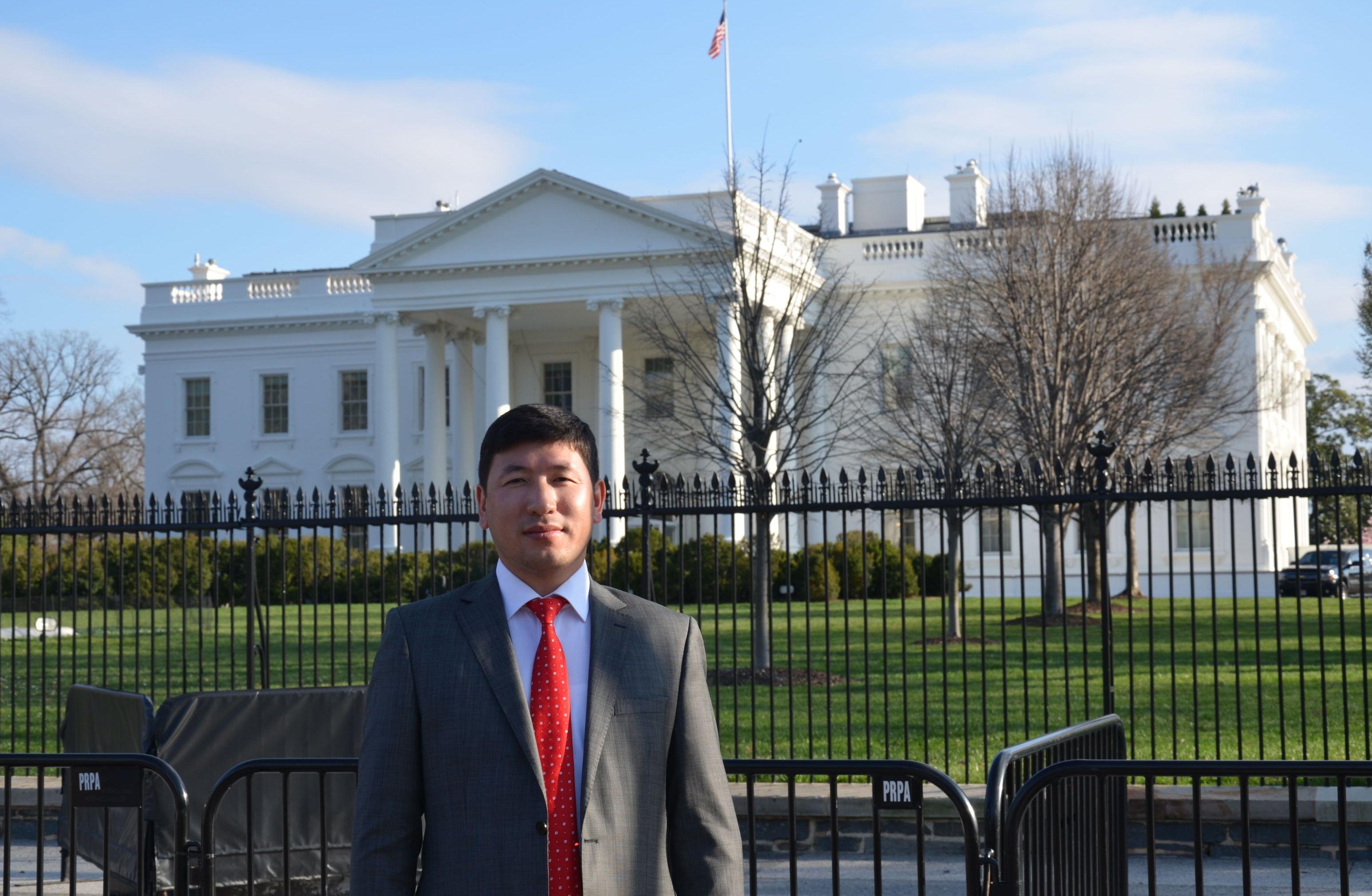 Один из основателей трех строительных компаний и гостиницы в Бишкеке Мирлан Акжигитов