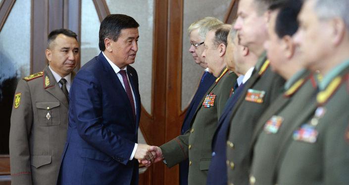 Президент Кыргызской Республики Сооронбай Жээнбеков принял участников заседания министров обороны государств-членов ОДКБ. 30 апреля 2019 года