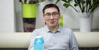 Колумнист Бакыт Толканов на кухне