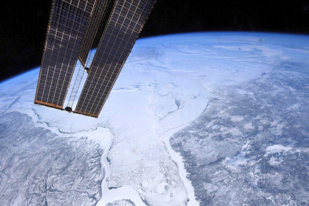 Так выглядит огромный Гудзонов залив с борта МКС