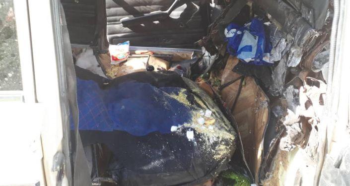 В Араванском районе Ошской области в ДТП погибли младенец и двое взрослых