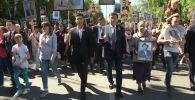 Президент Сооронбай Жээнбеков бүгүн, 9-майда, Бишкек шаарында өткөн Өлбөс полк жүрүшүнө катышты.