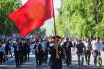 Бишкектеги Өлбөс полк жүрүшү. Архив