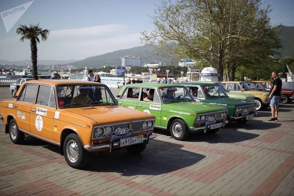 Своего рода выставка прошла в Геленджике, где финишировал пятый юбилейный авторалли Нахимов.