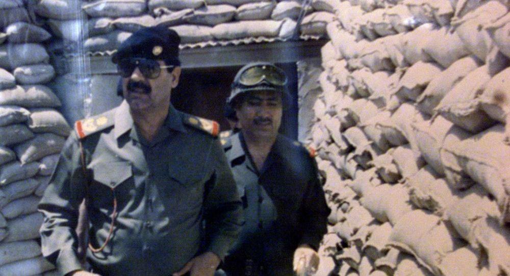 Ирактын эски президенти Саддам Хусейн. Архивдик сүрөт