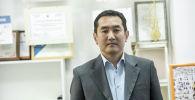 Көз карандысыз саясий серепчи Азамат Темиркулов