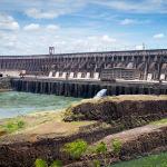 Парагвай менен Бразилиянын ортосундагы Итайпу гидроэлектростанциясы