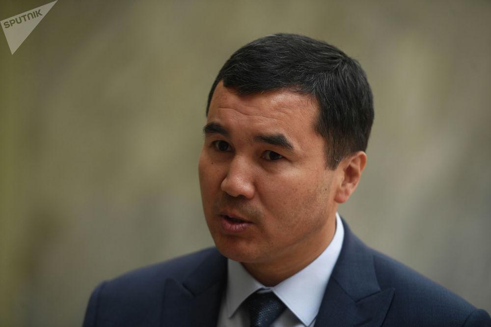 Өкмөттүн Ош облусундагы өкүлү Узарбек Жылкыбаев