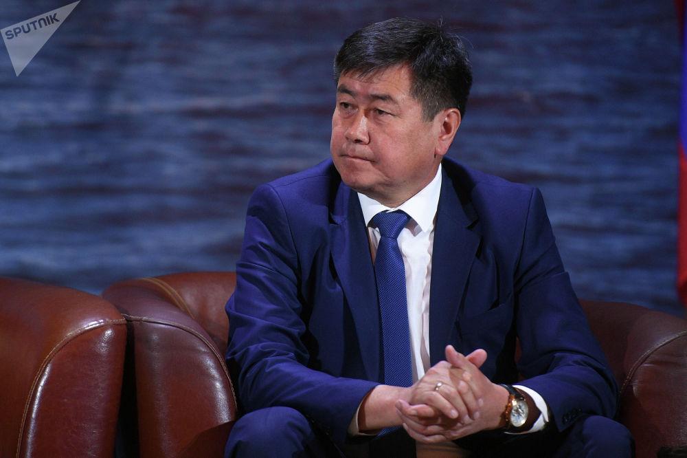 Полномочный представитель правительства в Иссык-Кульской области Акылбек Осмоналиев на туристическом форуме Солнечный Кыргызстан - Иссык-Куль 2019 в Москве.