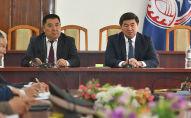 Премьер-министр КР Мухаммедкалый Абылгазиев в ходе рабочей поездки в Нарынскую область провёл совещание с руководителями местных  органов власти региона