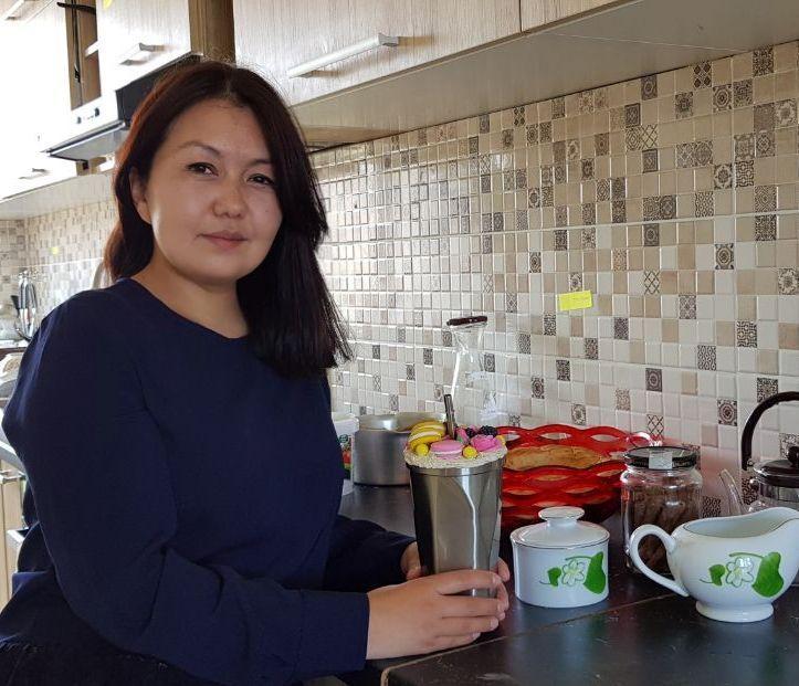 31 летняя мать двоих детей Мээрим Шарапиева