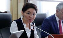 Вице-премьер, Коронавируска каршы күрөшүү штабынын жетекчиси Эльвира Сурабалдиева. Архивдик сүрөт