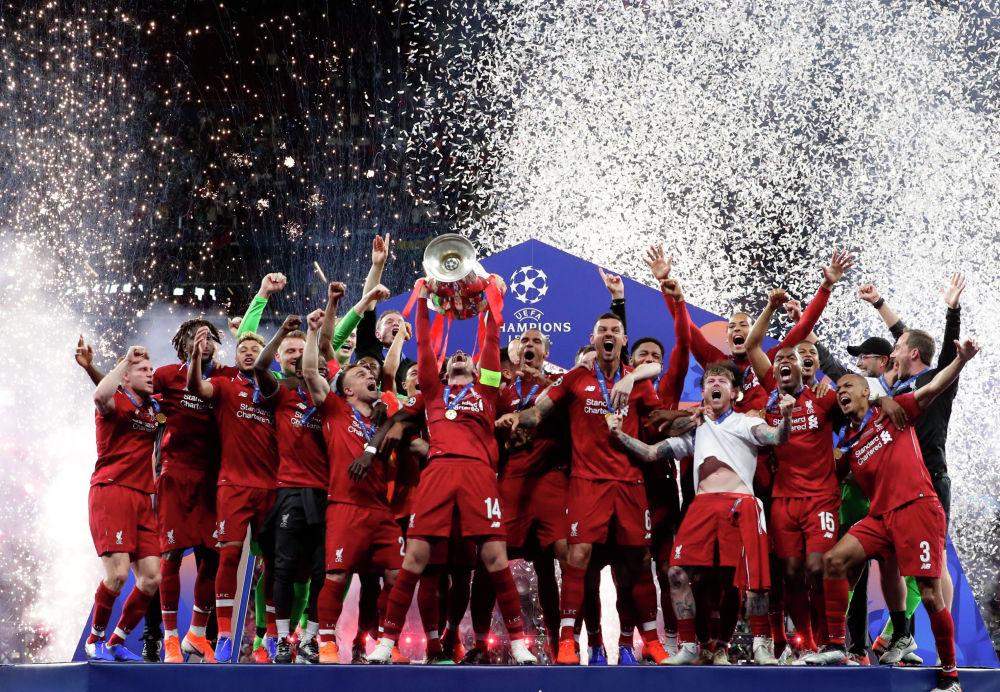 Мерсисайдский клуб Ливерпуль победил лондонский Тоттенхэм Хотспур в финале Лиги чемпионов в сезоне 2018/2019. Матч состоялся на мадридском стадионе Метрополитано, завершился он со счетом 2:0. Ливерпуль шестой раз в своей истории выиграл Лигу чемпионов UEFA.